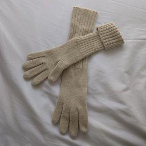 Cream cashmere gloves